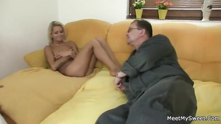 He leaves and crazy parents seduces his super hot girlfriend Thumb