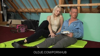 introverted oldman seduced and banged by fearless hussy blondie Thumb