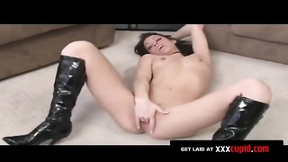 Brunette Finger-Fucks Herself Thumb