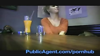PublicAgent She's tearing up a celebrity? No! Thumb