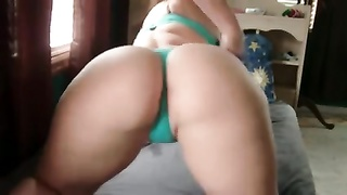 inexperienced PAWG dirty dances  On Cam Thumb