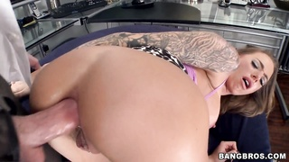 Pornstar Juelz Ventura gets pounded in the booty Thumb