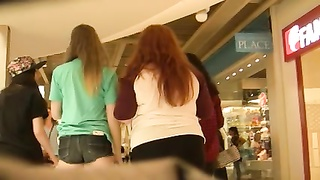 youthfull  cute teen in concise cut-offs  (Graz 3) Thumb