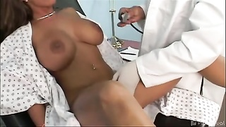 Holly Halston Doctor vist Thumb
