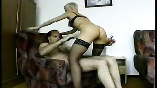 Curva72-short haired female and 2 guys Thumb