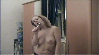 scorching amateur woman playing with her honeypot Thumb