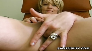 A blonde amateur girlfriend toys her pussy and sucks cock with a huge facial cumshot ! Genuine amate Thumb