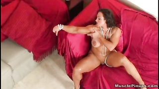 Brandi Mae 16 - female Bodybuilder Thumb