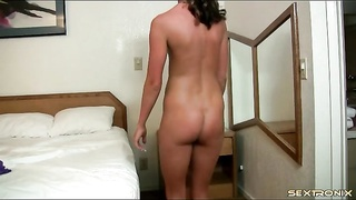 Tanned inexperienced hottie takes off and dances Thumb