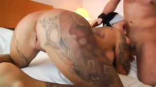 Tatted up damsel and her hotel room xxx Thumb