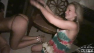 Amateur party girls are happy to have naughty fun Thumb