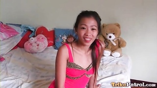 From on her knees the asian deep-throats his cock Thumb