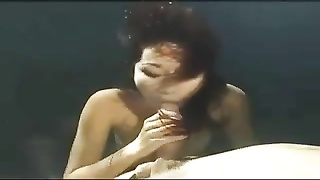 Asian mermaid gives an underwater blowjob Thumb