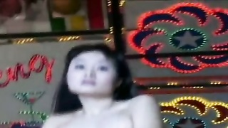beautiful Taiwanese girl - slow dance Thumb