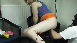 trampy high heels chick gets fisted Thumb