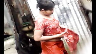 Bangla desi village girls bathing in Dhaka city HQ (4) Thumb