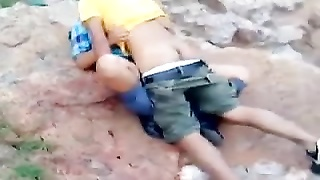 Indian couple caught red handed having hookup outdoor Thumb