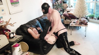 Cindysinx gas mask shoot part 4 Thumb