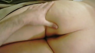 Phat ass White female caboose  care for Thumb