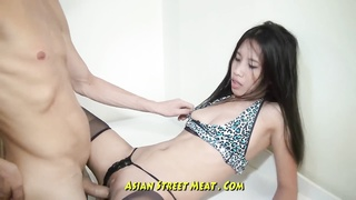Bobbing assfuck chinese Slapper In Blue Leopard Skin Thumb
