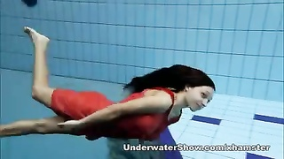 Anna - nude swimming underwater Thumb