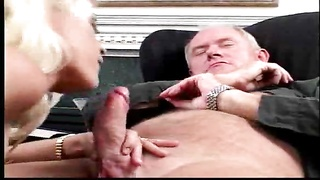 Older guy has anal sex with his trophy wife Thumb