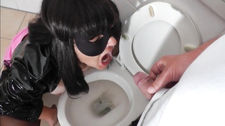 Kinky slut wife Marion gets once again used as a real toilet slut, as she gets a gallon of hot pee t Thumb