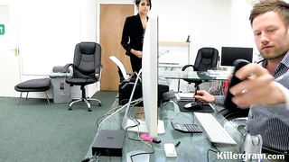 Hot Indian babe performs an internal audit Thumb