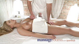 Massage Rooms Girls scream in ecstasy as G-spots get special treatment Thumb