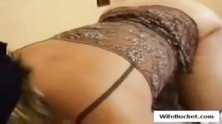 Sexy lingerie wife giving great head Thumb
