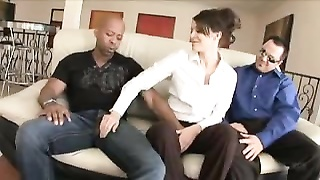 Wife goes for black cock while husband watches Thumb