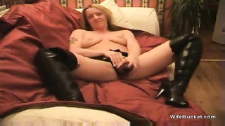 Hot wife in boots stars in sex tape Thumb
