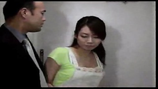 Japanese housewife cheats with lust Thumb