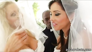 Nice booty brides gets ass holes pounded Thumb