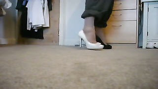 New Look Heels Black patent and cream Thumb