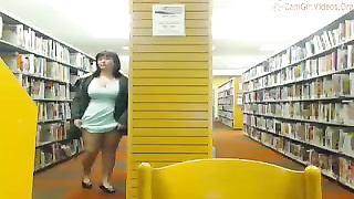 Amateur cam girl flashes tits, ass and pussy in busy public library Thumb