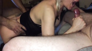 Amateur Threesome homemade Thumb