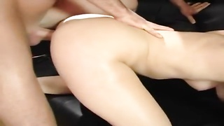Wet anal 3-some Thumb