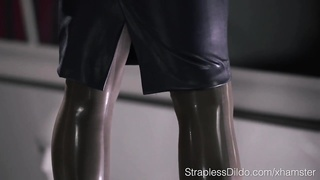 Maria Pie in Latex Strapon Cums Thumb