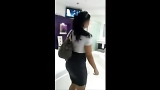 INDIAN GIRL WITH A KILLER BODY UNDRESS Thumb