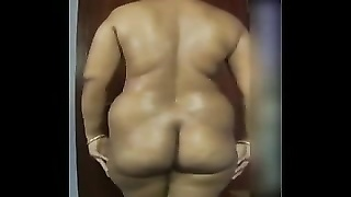 Huge ass tamil aunt being naughty at home Thumb