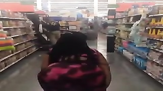 Compilation of Big Booties Clapping in Dresses Thumb