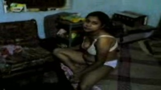 Bangla Desi Couple exposed her cute assets Enjoy aminokia Thumb