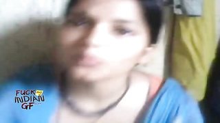 indian big boobs girl sucked by her boyfriend mms indian sex Thumb