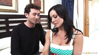 James Deen enjoys in hot sex with Kendra Lust Thumb