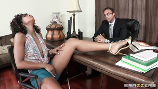 Ebony babe Misty Stone fucking in the office Thumb