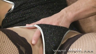 MOM horny housewife is in the mood for fucking Thumb