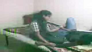 Indian School Girl Sex Scandal Leaked MMS Thumb