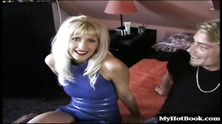 Cindy Kay and Shelly Elson are two gorgeous blondes who are bisexual. Youll Thumb