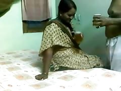 Pretty Indian Aunty Fucked by Older Guy on Hidden Cam Thumb